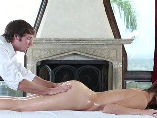 Sweet honey gets say no to hawt body massage and drilled