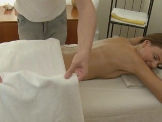 Charming masseur is plowing alluring playgirl's cunt wildly