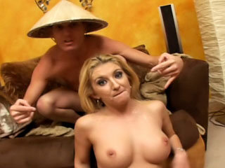 Hardcore latina brawny blowjobs and getting a nice bite