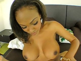 Beautiful latina anent obese tits acquiring pussy fucked abiding