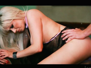 Slutty golden-haired Syren Sexton sucks and copulates a large knob