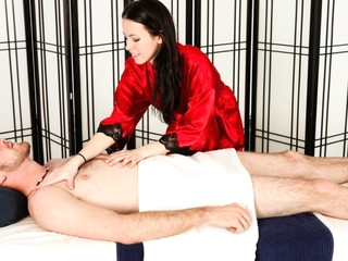 Veronica Radke Likes Alongside Engulf Her Clients Shlong.