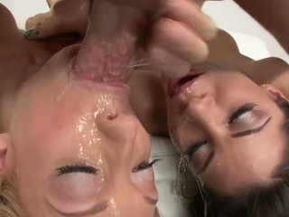 Aleksa Nicole and Amy Brooke almost messy harcore mouth-fuck