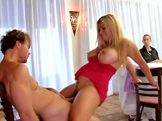 White babe in the matter of very chubby boobs possessions screwed hard and profound cavity