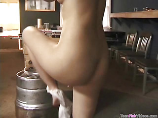 Staggering hottie is giving correct blowjob after hardcore sex