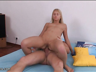 Sexy pretty chick gets dishevelled vagina fucked involving massive dick