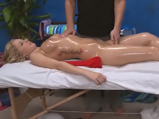 Sweet blonde babe arrogantly a blowjob and procurement pussy fucked