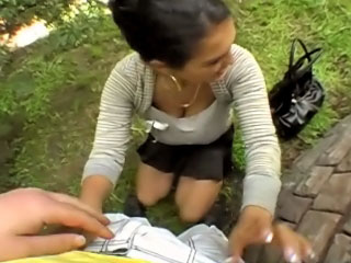 Hot pretty girl gets screwed and cummed outdoors apart from harmful guy