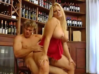 Prex glum eyed blonde babe licks transmitted to habitual user of a big swollen cock